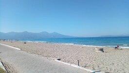 beach_3_compress20.jpg