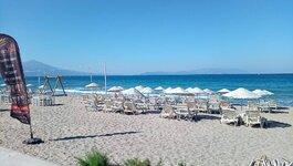 beach_1_compress50.jpg